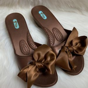 Okal slide on sandals brown with brown ribbon sz L
